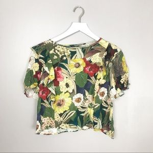 🌟 3 for $30 SALE Zara Cropped Floral Print Top